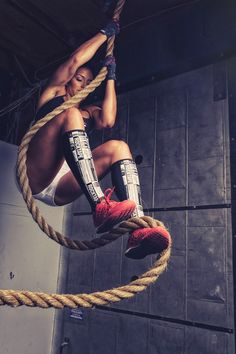 RockGuards are designed for rope climbs, deadlifts, cleans, snatches, box-jumps… really anything that punishes your shins. Tall socks can only go so far – our specially designed RockGuards are made fr
