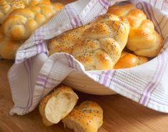 Domácí housky – magnilo Rolls Recipe, Food And Drink, Homemade, Kitchen, Recipes, Hampers, Kitchens, Cooking, Recipies
