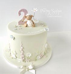 Cute sheep garden birthday cake Wedding Cake Designs, Wedding Cakes, Garden Birthday Cake, Birthday Party Decorations, Birthday Parties, Sheep Cake, Luxury Cake, Garden Cakes, Jelly Cake