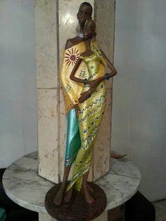Pareja de africanos con metálicos African Figurines, African American Figurines, Black Figurines, African American Art, Black Girl Art, Black Women Art, Black Art, Human Sculpture, Africa Art