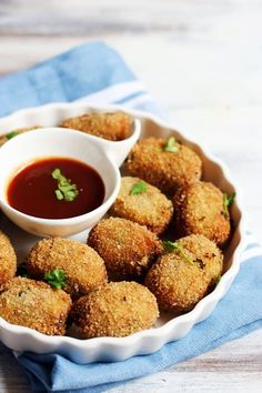 Learn to make delicious and easy McDonald's style crispy veg nuggets today. Easy and quick recipe with step by step photos! Veg Starter Recipes, Best Vegetable Recipes, Veg Recipes, Delicious Vegan Recipes, Cooking Recipes, Tasty, Vegetarian Recipes, Snack Recipes, Kitchens