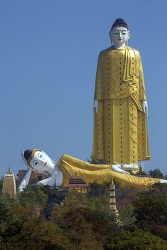 Laykyun Sekkya, Hoogte: 116 meter Gebouwd: 2008 Land: Myanmar Het gigantische Boeddhabeeld van 116 meter vinden we in Myanmar. De bouw is begonnen in 1996 en voltooid in 2008.