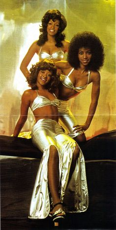 """icanhaz70s: """" So utterly 70's, they appeared in the French Connection. """""""