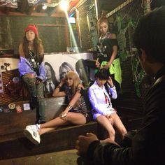 "[140508] @rryuuuhyuun (Instagram): ""today's work #2ne1 #투애니원..."" « YGLADIES 2NE1 Fansite"