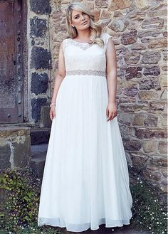 Elegant Lace Chiffon Sleeveless Wedding Dress
