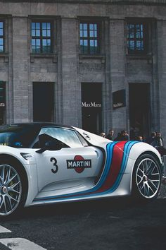 Oh, nothing special, just an #AudiR8 in #Martini livery.