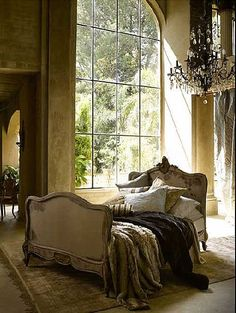 This bed, featured on Vintage Home, looks like the perfect place to snuggle ...  mydesignchic.com
