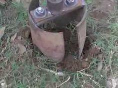 hand hole diggers, use fence pole holes, banana, papaya Mechanical Projects, Water Well Drilling, Digging Tools, Metal Tools, Homemade Tools, Metal Fabrication, Digger, Diy Home Improvement, Home Repair