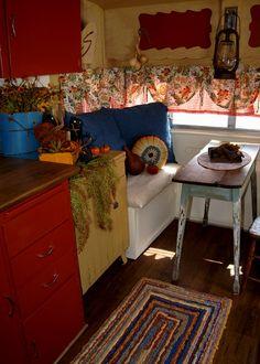 Ranch Farmgirl...renovated Shasta  love this determination! love the flip!