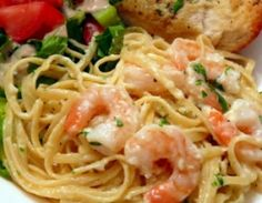 SHRIMP LINGUINE ALFREDO RECIPE: Take a look at my recipe for a delicious and creamy Shrimp Linguine Alfredo made with linguine, cream, butter, parmesan cheese, shallots, garlic, shrimp and a bit of parley.