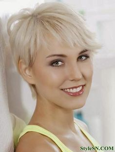 Short Blonde Hhairstyles For Women | StyleSN