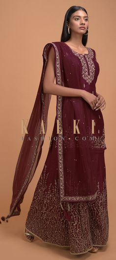 Maroon palazzo suit in raw silk with zari and kundan embellished buttis and border. Crafted sleeveless with scoop neckline with geometric cut out. Wedding Salwar Kameez, Borders Online, Palazzo Suit, Straight Cut, Indian Wear, Festive, Neckline, Paintings, Free Shipping
