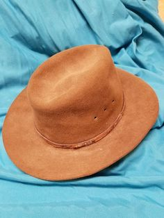 d236b7d3da Vintage black Western Phelps men's cowboy hat 5 xxxxx size 7 and us 58  Mexico made by n. Company of New Mexico in good used condition
