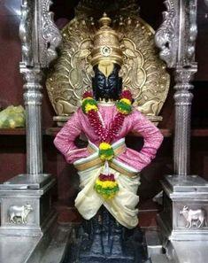 Krishna Photos, Krishna Images, Ganesh Idol, Morning Greetings Quotes, Goddess Lakshmi, God Pictures, Hindus, Indian Gods, Manish