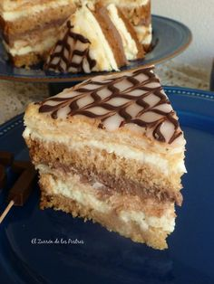 Encontrarás recetas de postres, dulces, tartas, galletas, pasteles, panes, bollería, chocolates, bombones, pastelería, helados y repostería.