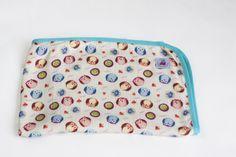 Bamboo swaddle blanket Bambolo.pl | Bambusowy otulacz dla dzieci od Bambolo.pl Size: 120x120 cm. #swaddle #swaddleblanket #bambooblanket #bambooswaddleblanket