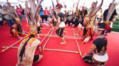 Penampang Sabah Malaysia - Circa May 2015 : A Group Of Murut Ethnic Sabah Borneo Performing Traditional Dance Called Magalang Mogunatip During Harvest Festival In Penampang Sabah. Stock Footage Video 10212869 - Shutterstock