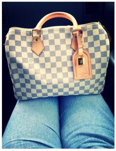 ca2f4162e5335 2018 New LV Collection For Louis Vuitton Handbags Must have it