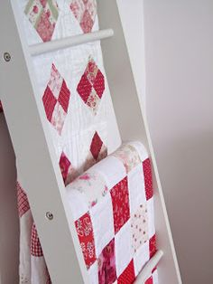 Red and White Little Barn, Red And White Quilts, Red Cottage, Happy Labor Day, Red Barns, Colour Board, Country Kitchen, Warm And Cozy, Color Pop