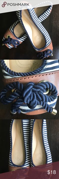 Gianni Bini Nautical Flats 8.5 Gianni Bini navy and white flats with brown leather. EUC! Never worn only to try on. Gianni Bini Shoes Flats & Loafers