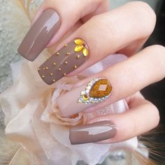 Design das unhas dos pés, unha decorada com pedras, unhas elegantes, unhas decoradas Acrylic Nail Designs, Nail Art Designs, Acrylic Nails, Gel Nails, Crazy Nails, Fancy Nails, Pretty Nails, Sophisticated Nails, Elegant Nails