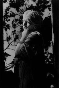 Pamela Williams  Lady of the Leaves  http://www.interlog.com/~romantic