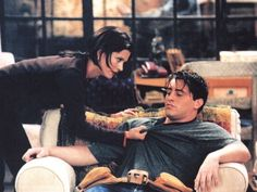 Joey Friends, Friends Cast, Friends Moments, Friends Series, Friends Tv Show, Friends Forever, Flirting Quotes For Him, Flirting Memes, Joey Tribbiani