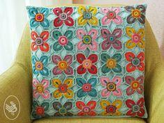 Kijk wat ik gevonden heb op Freubelweb.nl: een gratis haakpatroon van Heidy en Wieke gemaakt met Durable Coral om een prachtig kussen te maken  https://www.freubelweb.nl/freubel-zelf/gratis-haakpatroon-gehaakt-kussen/