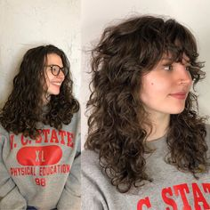 Haircuts For Wavy Hair, Curly Hair With Bangs, Curly Hair Cuts, Cut My Hair, Short Curly Hair, Curly Hair Styles, Mullet Hairstyle, Aesthetic Hair, Grunge Hair