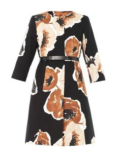 Maxmara Studio Giunto coat #SukiWaterhouse #GetTheLook | styloko.com