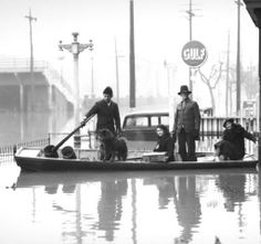 Rescue by boat, Louisville, Kentucky, 1937. :: R. G. Potter Collection