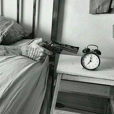 Monday morning...  good monday, photography, lol, black and white, bianco e nero, fotografia, sveglia, lunedì mattina