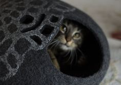 L size cat bed/cat cave/cat house/lace inspiration felted cat cave (With GIFT pad)