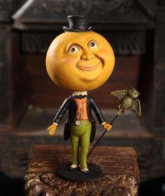Wonderful Moon Man by Bethany Lowe Designs Halloween 2013, Halloween Doll, Halloween Design, Holidays Halloween, Vintage Halloween, Halloween Crafts, Happy Halloween, Halloween Decorations, Classy Halloween