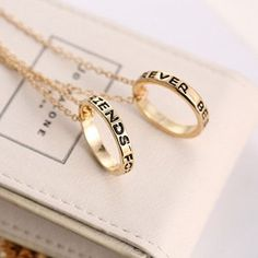 """Show love to your best friends! This charm features an alloy chain with cute """"best friends"""" double rings"""