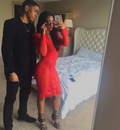 Never gave af & still don't give af what anyone else thinks or says & look what happened ❤️. You're mine forever daddy, Dope Couples, Black Couples Goals, Couple Goals, Family Goals, Cute Relationship Goals, Cute Relationships, Dearra Taylor, De'arra And Ken, Sea Wallpaper