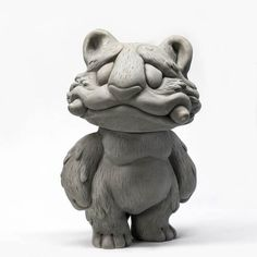 We think that it's fair to say that Remjie Malham's Doro Sofubi release in 2017 was a massive success, and it's still early days really. So we are super happy to see that Remjie has been working on a new prototype that will be heading to Japan to be sofubised! Is sofubised a word? It should be if it isn't. Anyways, Remjie's new sofubi, Tora Tora! No details on release yet. Tora Tora will be produced in Japan later this year, and once we hear further details from Remjie. We...