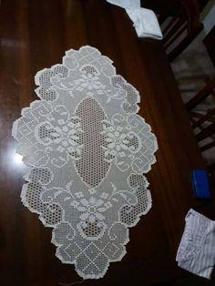 Filet Crochet Charts, Crochet Doily Patterns, Crochet Designs, Crochet Doilies, Crochet Flowers, Crochet Lace, Crochet Table Topper, Crochet Table Runner, Crocodile Stitch