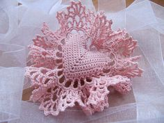 Crochet Heart Sachet Pillow, sweet to hang from a ribbon in your closet with lavender on it or as a gift Beau Crochet, Crochet Home, Love Crochet, Beautiful Crochet, Crochet Crafts, Yarn Crafts, Crochet Flowers, Crochet Projects, Knit Crochet