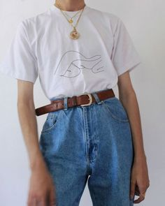 Looks Hombre Verano Looks Hombre Fashion Outfits Hombre Verano Aesthetic Fashion, Aesthetic Clothes, Look Fashion, 90s Fashion, Korean Fashion, Fashion Outfits, Celebrities Fashion, Old School Fashion, Aesthetic Grunge