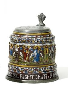 Keramik: Großer Apostelkrug als Hochzeitskrug. . Datiert 1681.