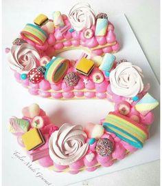 Cómo hacer la tarta de moda - Pastel de números y letras - El Cómo de las Cosas