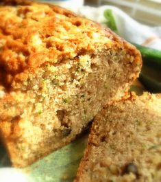 Courgette Loaf (Zucchini Bread) by Rachel Allen in her book BAKE. Bread Recipes, Baking Recipes, Cake Recipes, Easy Vegetables To Grow, English Kitchens, Tasty, Yummy Food, Loaf Cake, Zucchini Bread