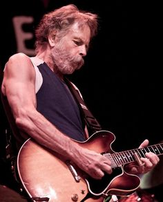 Bob Weir  1947, is an American singer, songwriter, and guitarist, most recognized as a founding member of the Grateful Dead. After the Grateful Dead disbanded in 1995, Weir performed with The Other Ones, later known as The Dead, together with other former members of the Grateful Dead.