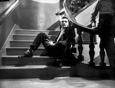 21 РЕДКОЕ ФОТО КОРОЛЯ РОК-Н-РОЛЛА. (21 ФОТО)  В этой подборке – 21 фотография из этой книги. Фотографии были взяты из архивов 169-летней газеты Мемфиса «Graceland and The Commercial Appeal».  Читать всё: http://avivas.ru/topic/21_redkoe_foto_korolya_rok_n_rolla.html