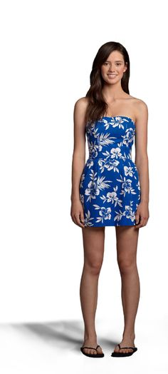 Hollister Co. - Shop Official Site - Bettys - Cali Looks - SUMMER - DINNER BY THE BEACH