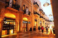 Spensierati momenti di shopping al Mamilla Mall #Gerusalemme #oltreogniaspettativa