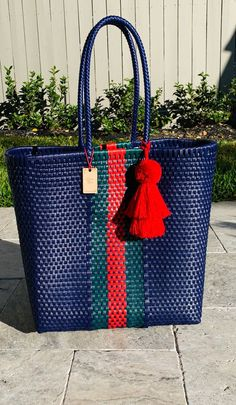 Gifts for home and personal style Jute Products, Art Bag, Diy Bags, Basket Bag, Wire Baskets, Tassel, Personal Style, Hand Painted, Purses