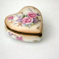 vintage rose lefton trinket box