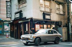 Road trip in Japan in a Honda 800. I love this car.
